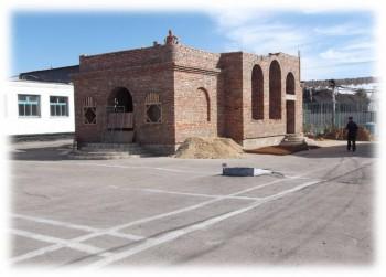 Строительство храма Божиего в тюрьме - Этап строительства храма.jpg